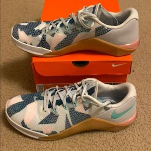 Nike Geo Camo Metcon 5s